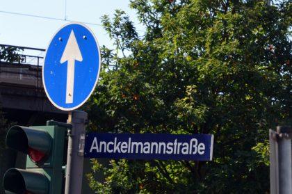 Wegweiser Anckelmannstraße